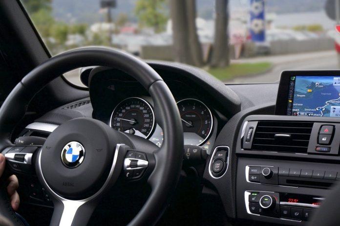 Jak wybrać szkołę nauki jazdy?
